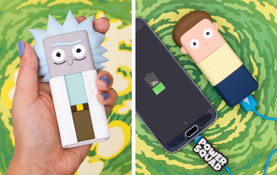 2 batterie portatili rick and morty - I gadget di Rick and Morty da regalare ai fan
