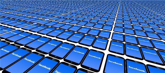 facebook accedi subito - Facebook tra sfondo nero e lancio della criptovaluta