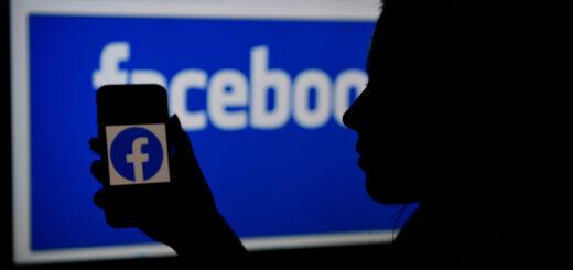 data breach facebook 520x245 - Sottratti i dati di 36 milioni di Italiani da Facebook